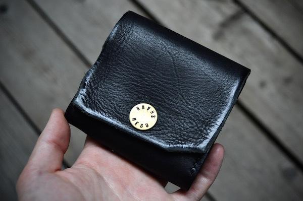 black wallet_b0172633_20275968.jpg