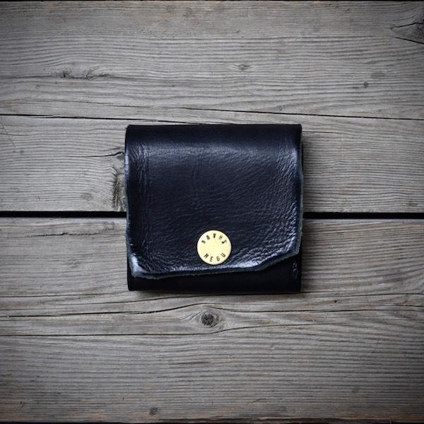 black wallet_b0172633_20305208.jpg