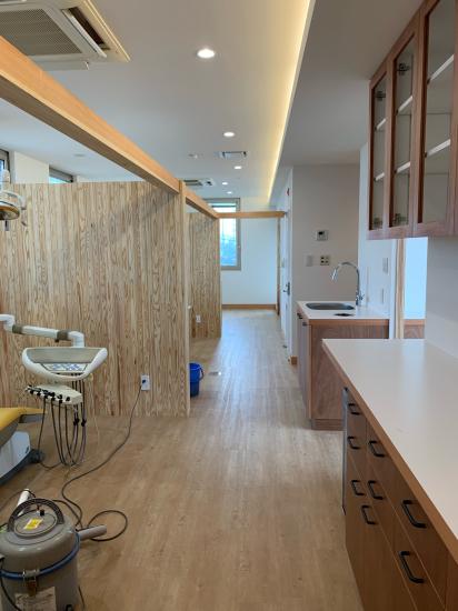 鳴門の歯医者さん ラワンベニアの家具、建具の現場。_f0053665_13322851.jpg