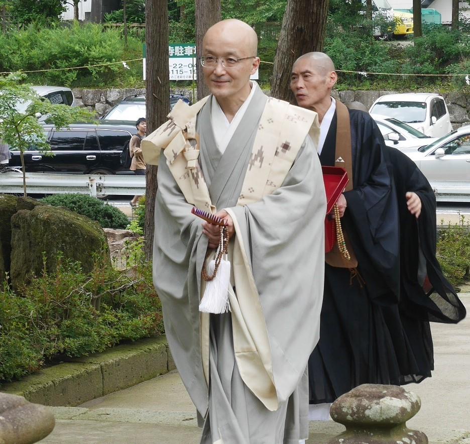 「神と仏の出会い」のシーン撮影:八雲神社例大祭7・21_c0014967_20170776.jpg