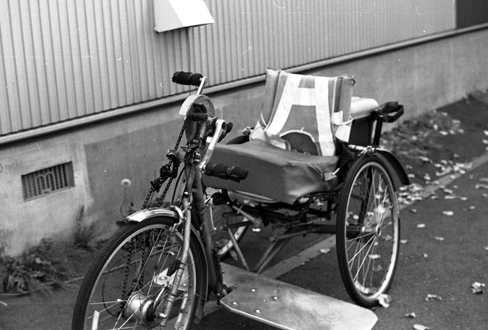 手漕ぎ車椅子のイメージチェンジと重度障害者の国会登壇_c0182775_1315199.jpg