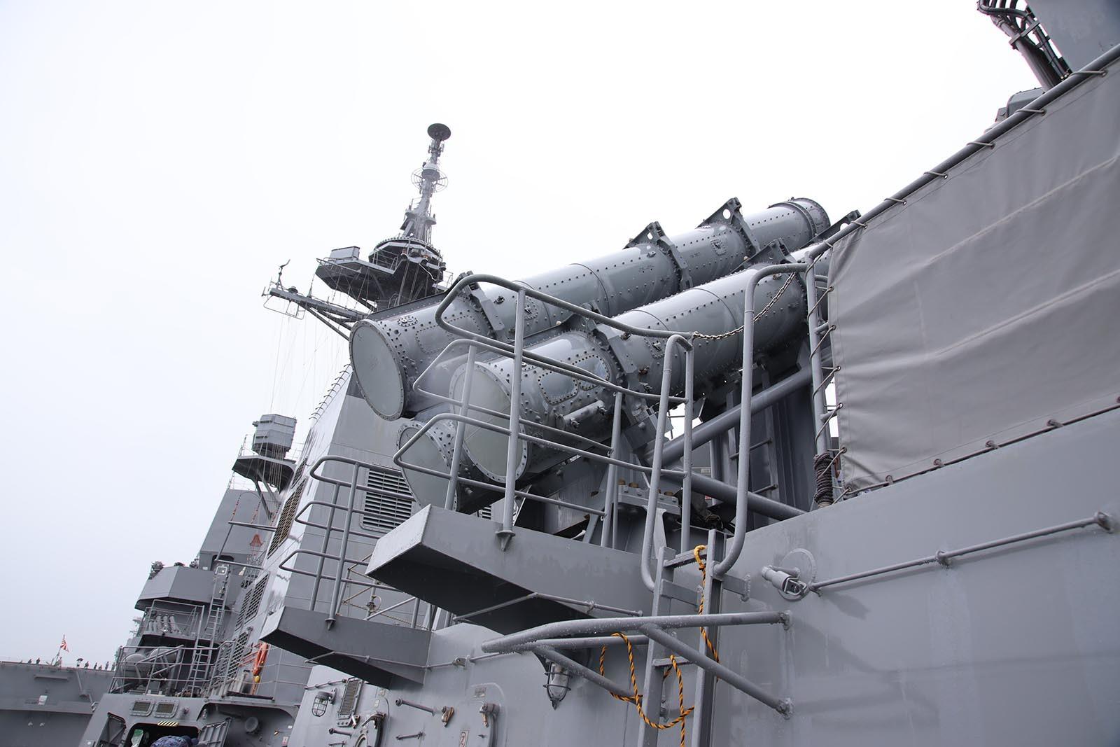 JMSDF DDH-184「かが」 in 小樽港 02_b0315809_21210716.jpg