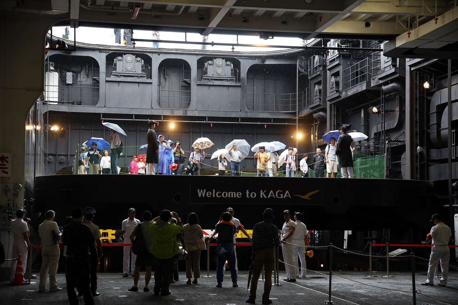 JMSDF DDH-184「かが」 in 小樽港 02_b0315809_21240822.jpg