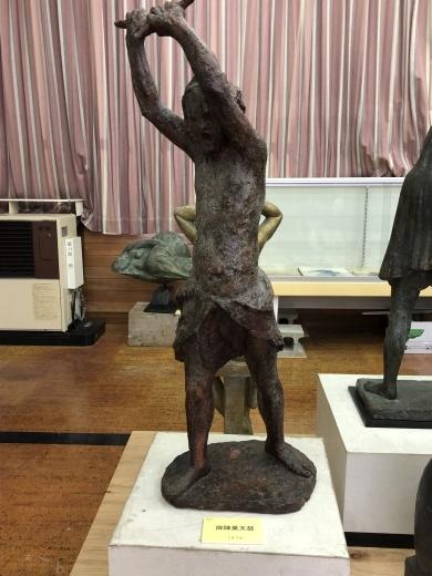 坂担道先生彫刻展_b0083415_15094958.jpg