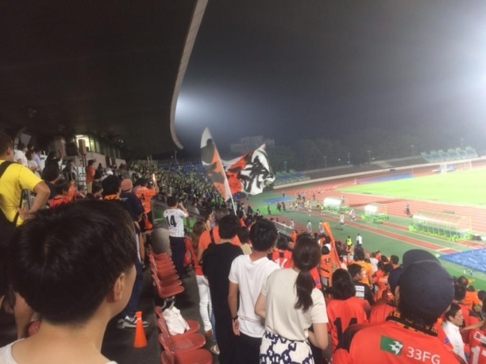 サッカー観戦とモゥブレィスポーツ_b0226322_11023056.jpg