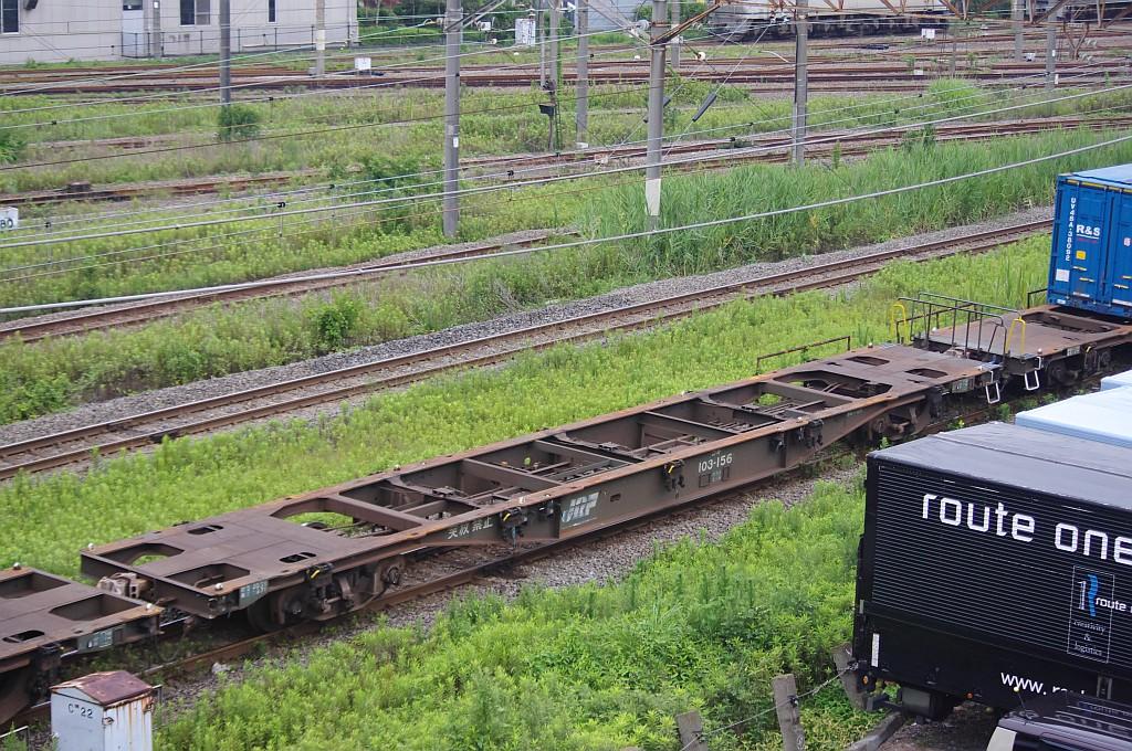 7/20東京貨物ターミナルにてSGS60レのコキとコンテナ_f0203926_22411159.jpg