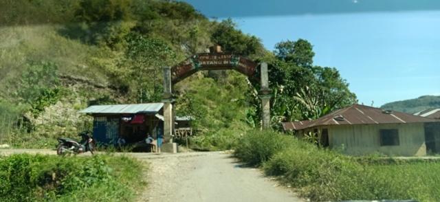 フロレス島の旅(リアンブア洞窟)_d0083068_08013357.jpg
