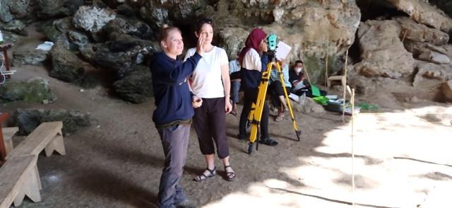 フロレス島の旅(リアンブア洞窟)_d0083068_09333490.jpg