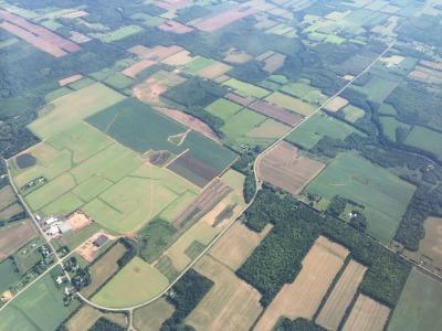 上空から見たプリンスエドワード島_c0353373_21421652.jpg
