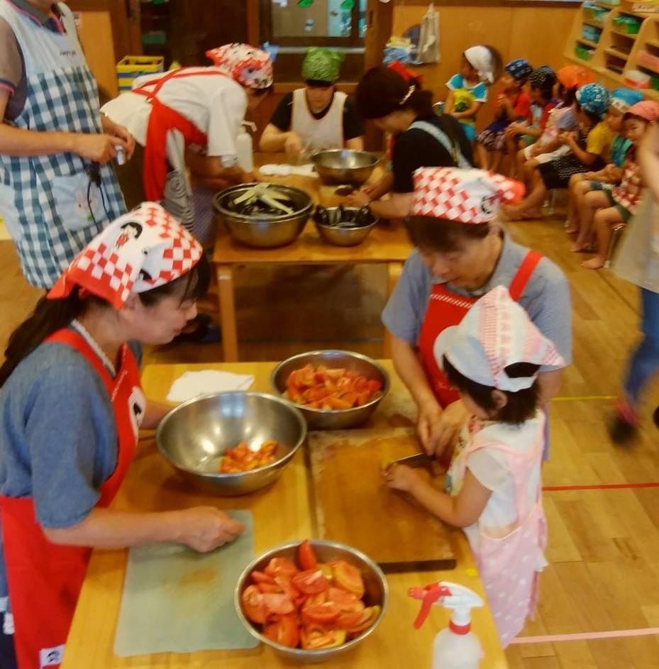 愛菜カレーの日_b0270977_22402697.jpg