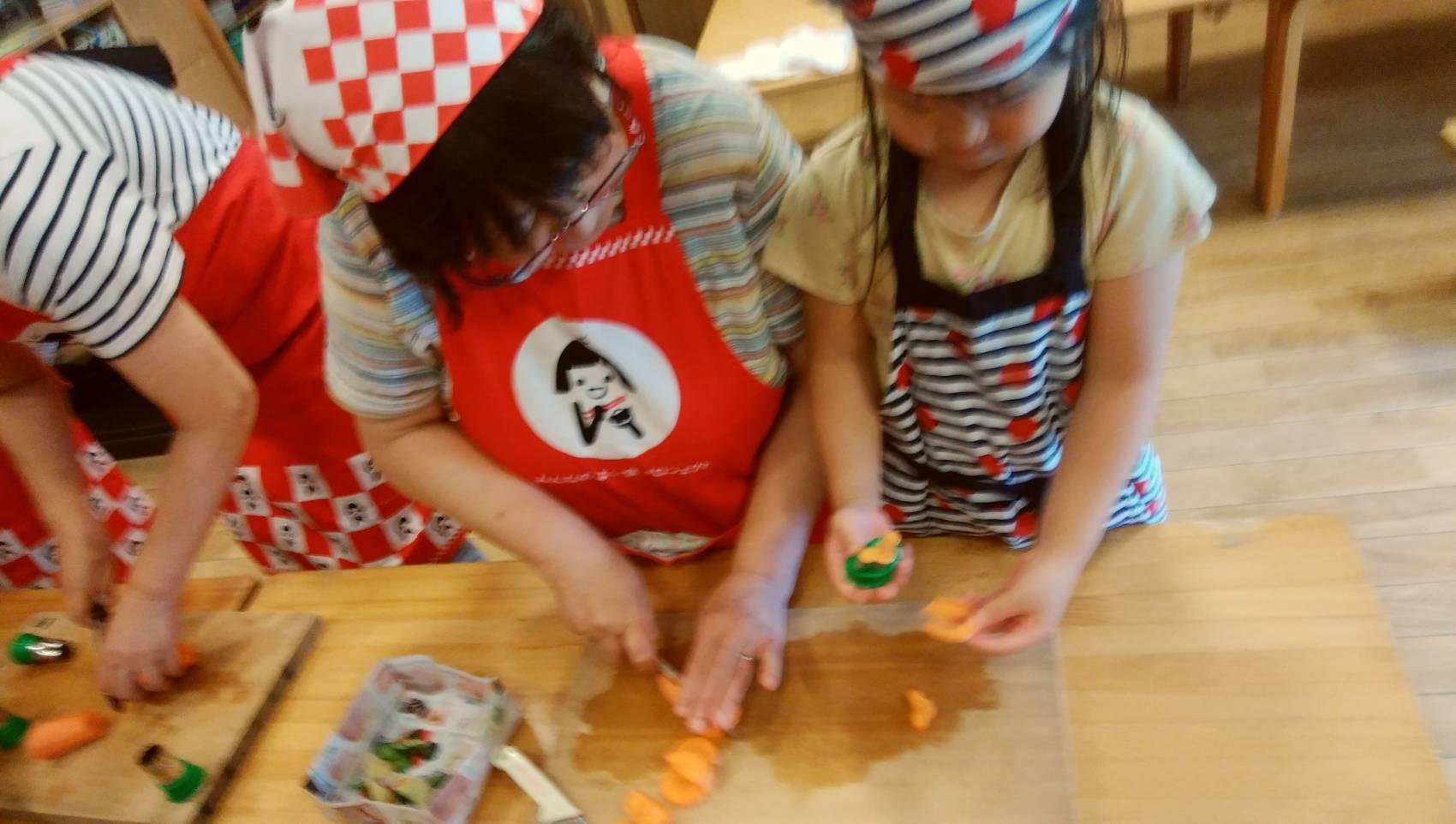 愛菜カレーの日_b0270977_22405161.jpg