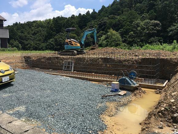 富塚 新川沿いの自然を望む天然素材の家 ★基礎工事_d0205883_11502492.jpg