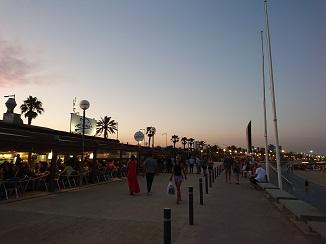 地中海ビーチ、バルセロネータ!_d0091909_18000858.jpg