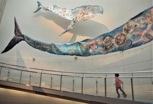 アフリカンレストランyinega(イェネガ)~「海の血」の鯨@スパイラル ガーデン_f0006713_07085561.jpg
