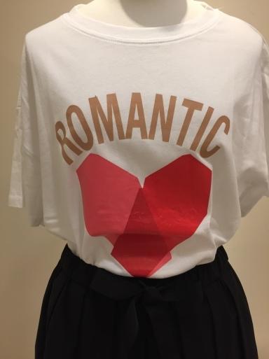 可愛いTシャツ入荷しました_c0223630_22561303.jpg