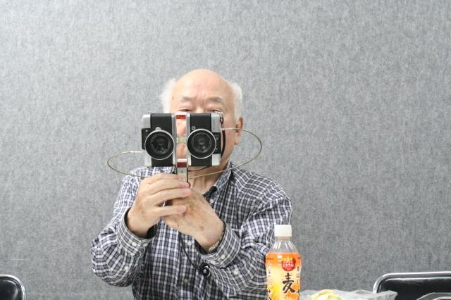 第17回 好きやねん大阪カメラ倶楽部 例会報告 今月のテーマ カメラアクセサリー_d0138130_20532142.jpg