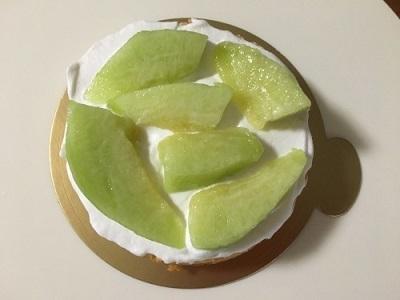 100均12cm型でメロンのケーキ♪_f0231189_21135301.jpg
