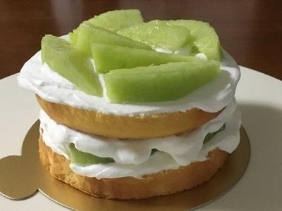 100均12cm型でメロンのケーキ♪_f0231189_21140029.jpg