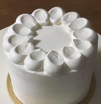 100均12cm型でメロンのケーキ♪_f0231189_21145706.jpg