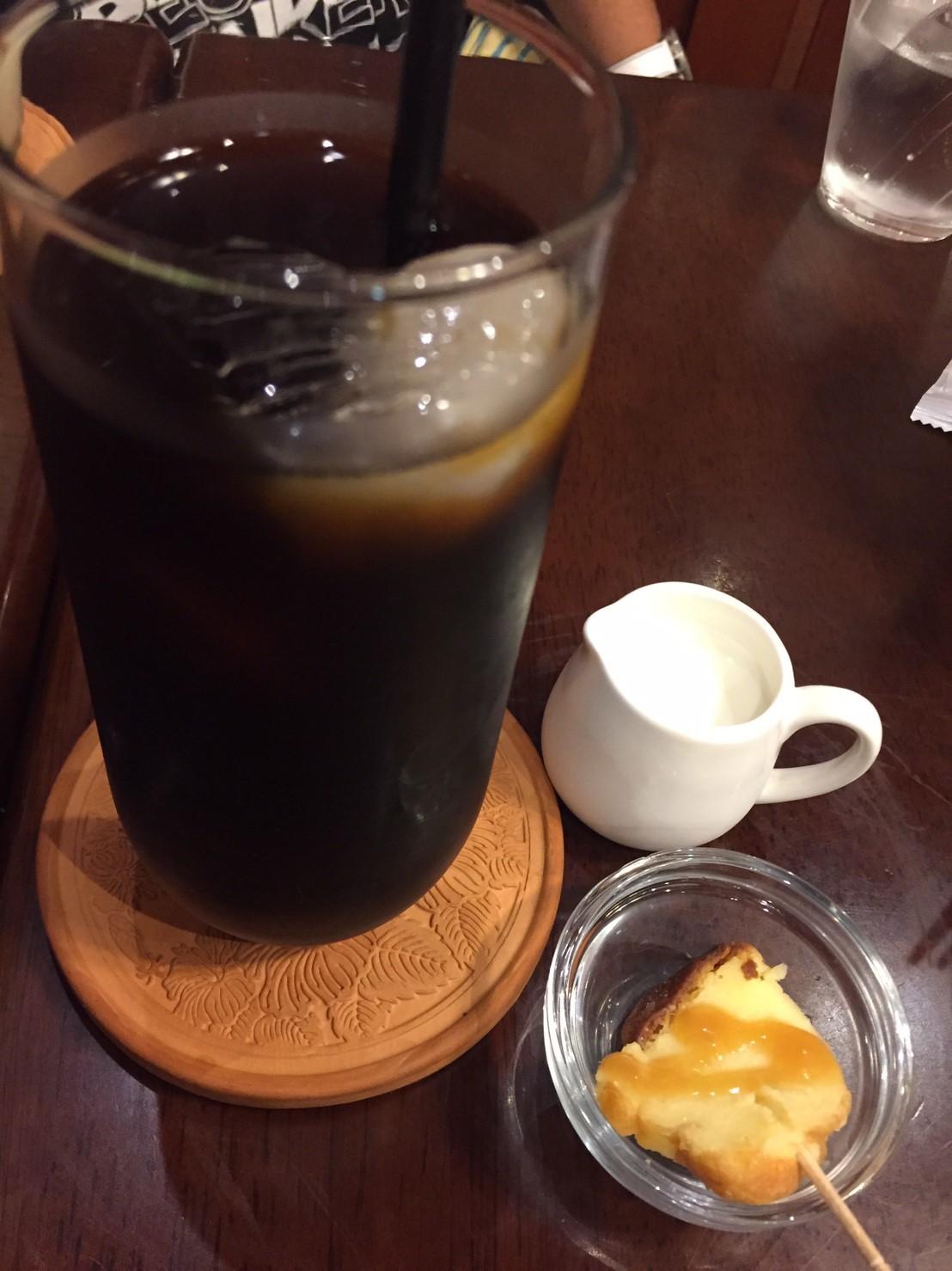 喫茶 1er ぷるみえ (茄子と甘長唐辛子のバターライスにスパイシーサルサとマヨネーズがけ)_e0115904_23093363.jpg