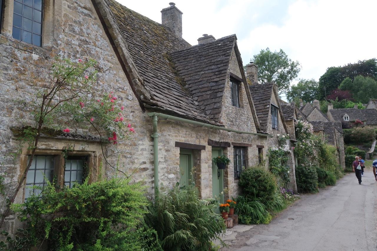 美しい村コッツウォルズ_f0380234_05554652.jpg