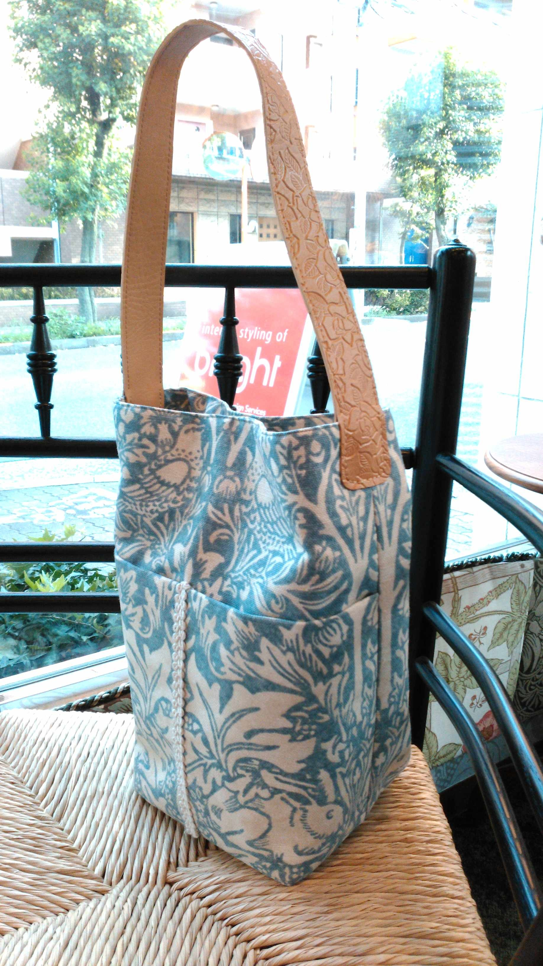 モリス 『兄弟うさぎ』 筒形バッグ ウィリアムモリス正規販売店のブライト_c0157866_20174667.jpg
