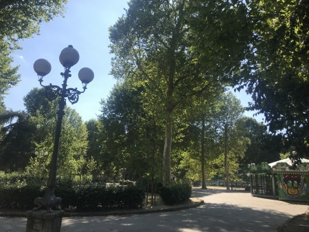 一番暑い時間帯にフィレンツェを楽しく散歩した_a0136671_00550100.jpg