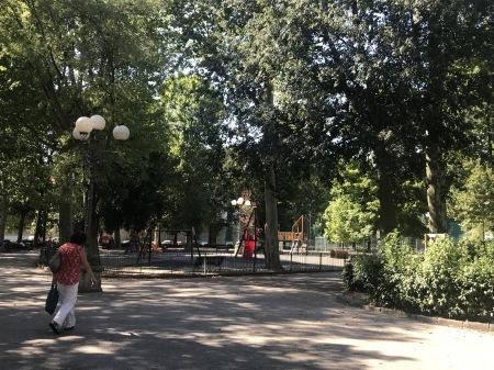 一番暑い時間帯にフィレンツェを楽しく散歩した_a0136671_01040809.jpg
