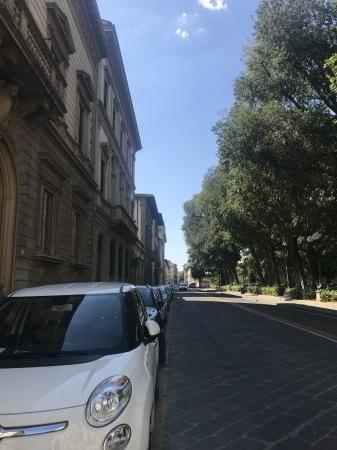一番暑い時間帯にフィレンツェを楽しく散歩した_a0136671_01055590.jpg