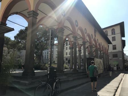 一番暑い時間帯にフィレンツェを楽しく散歩した_a0136671_01111523.jpg
