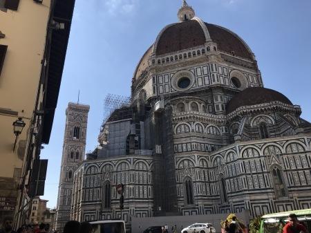 一番暑い時間帯にフィレンツェを楽しく散歩した_a0136671_01184847.jpg