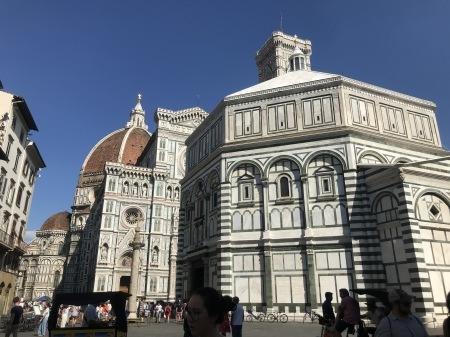 一番暑い時間帯にフィレンツェを楽しく散歩した_a0136671_01261590.jpg
