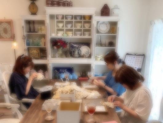hidamari で アンティークレースのピンクッションWSしました。_e0237680_09513878.jpg