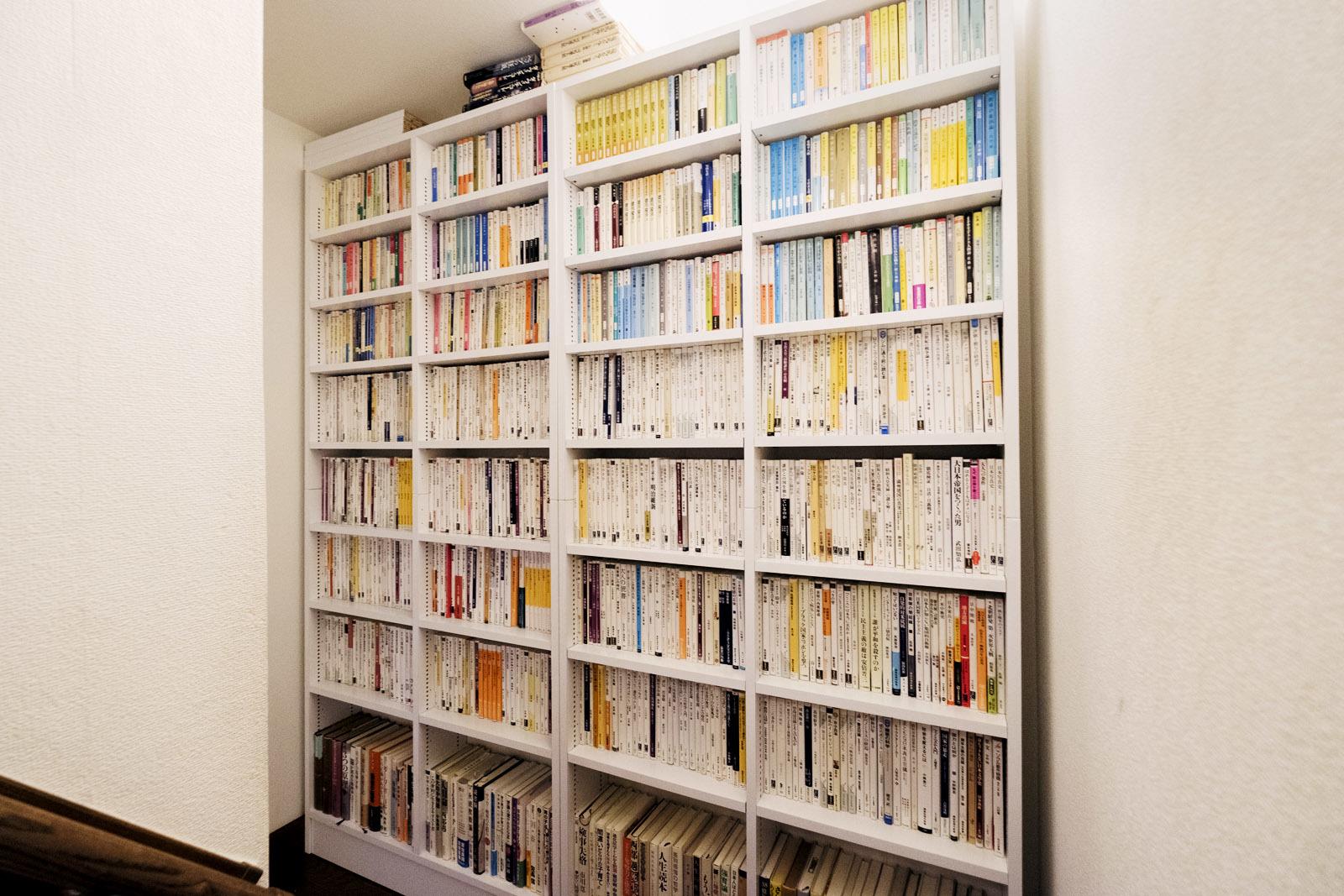 書棚が届いた_e0367501_09154261.jpg