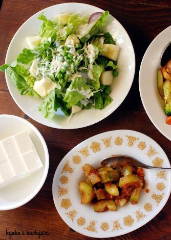鶏肉とブロッコリーの甘辛炒め。なんちゃってきゅうりキムチ_b0253205_03271706.jpg