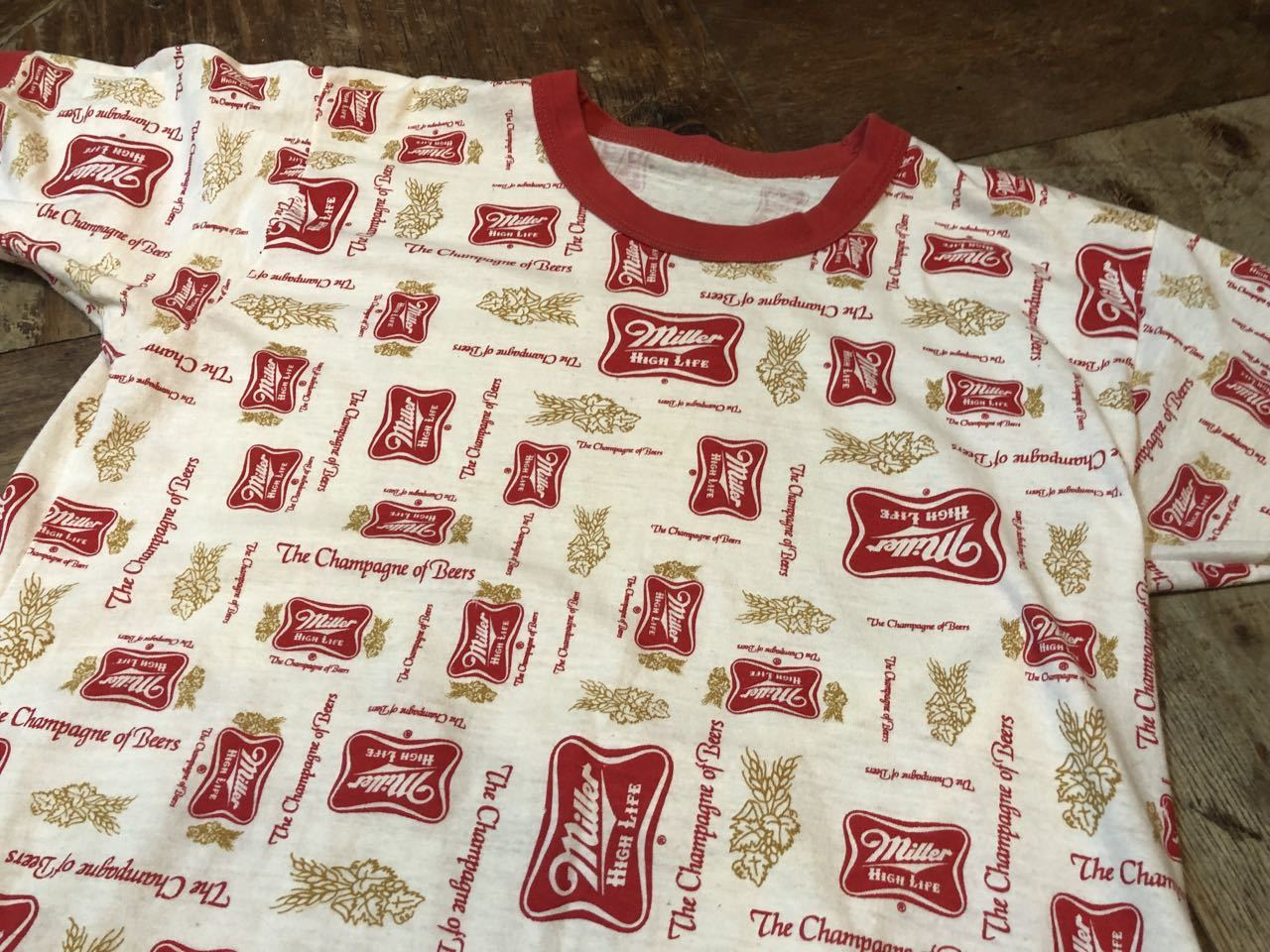 7月26日(土)入荷!70s ミラー Miller ビール 総柄Tシャツ!_c0144020_12375709.jpg