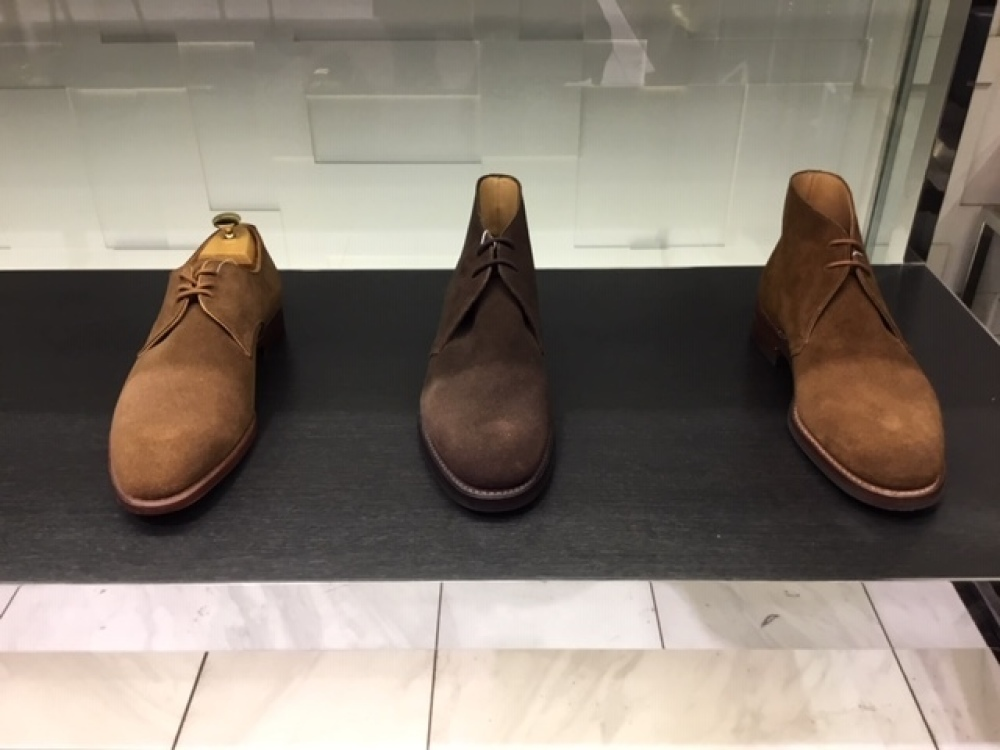スエード靴の微妙なお色目には。_b0226322_14372818.jpg