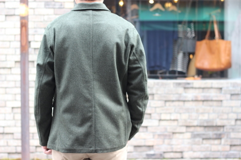 "「WORKERS」一押しのLoden Clothを使用した ""Lounge Jacket\"" ご紹介_f0191324_08201106.jpg"