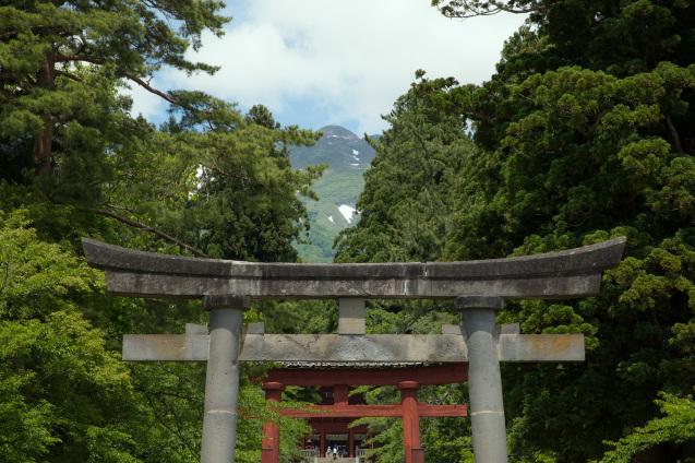 素朴で荘厳、岩木山神社_e0369736_14241911.jpg