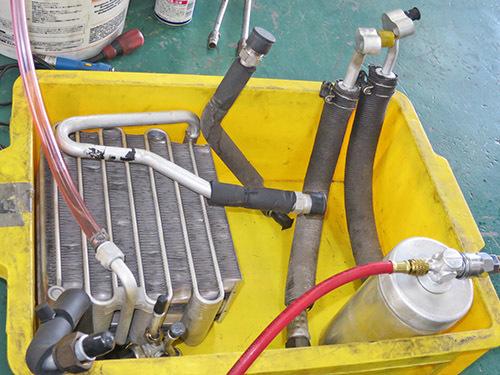 エアコン修理!★AW11 MR2★ レトロフィットでR134ガスに!!_d0156040_18035803.jpg