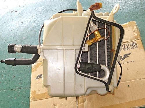エアコン修理!★AW11 MR2★ レトロフィットでR134ガスに!!_d0156040_18132594.jpg