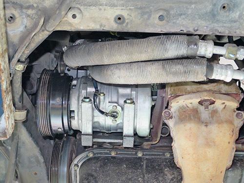 エアコン修理!★AW11 MR2★ レトロフィットでR134ガスに!!_d0156040_18234559.jpg