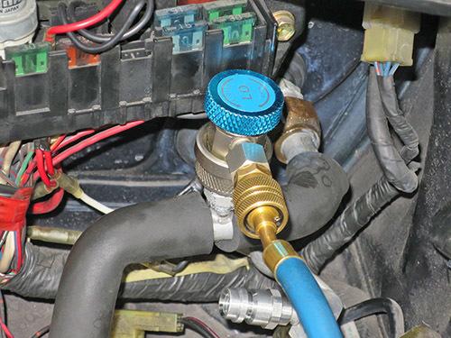 エアコン修理!★AW11 MR2★ レトロフィットでR134ガスに!!_d0156040_18515005.jpg