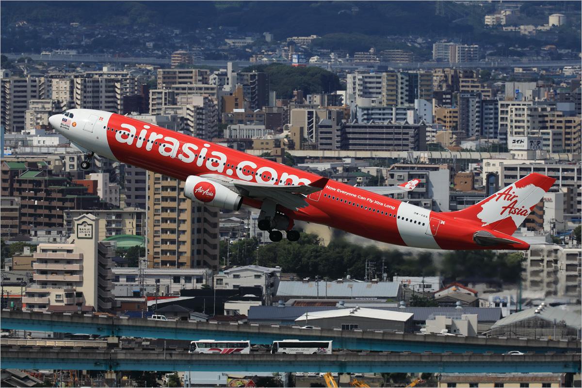 鳥瞰 × エアアジアX - 福岡空港_c0308259_23532893.jpg