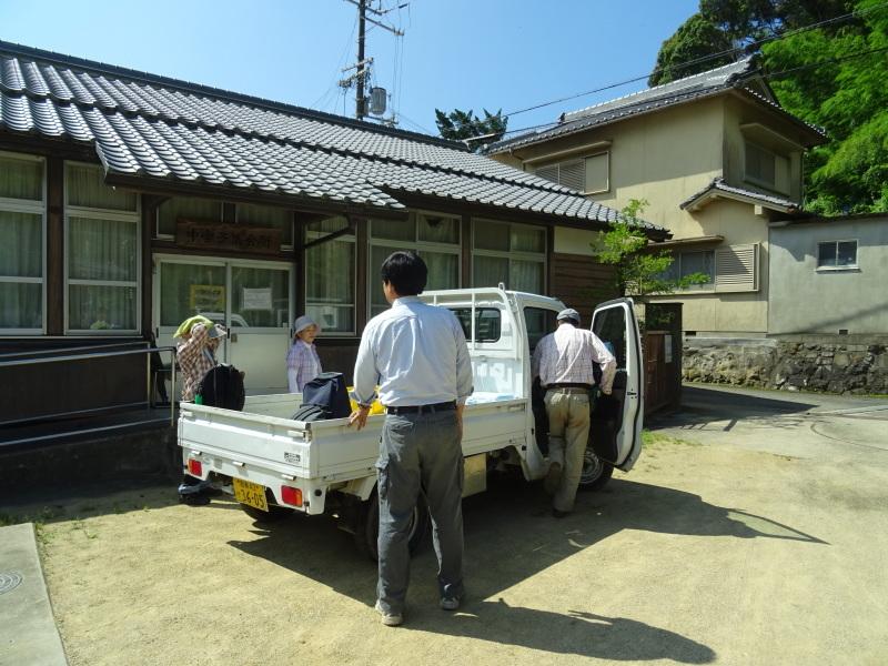 猛暑日は作業にならず・・・孝子の森_c0108460_17552660.jpg