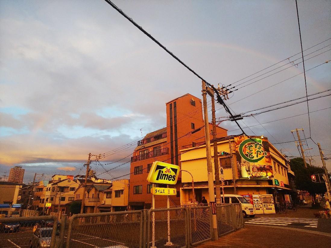 虹が出ていました。_a0098418_14314875.jpg