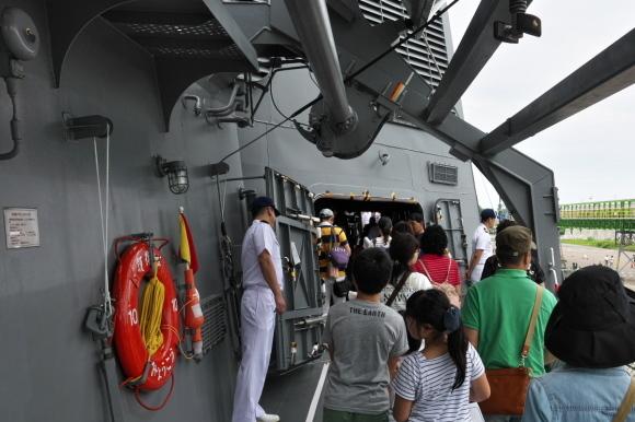 護衛艦「みょうこう」一般公開@新潟東港_d0137627_11340924.jpg