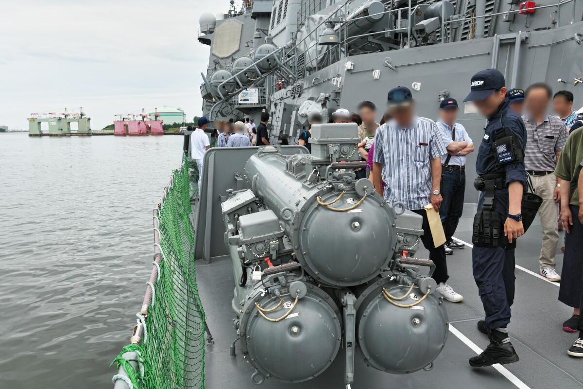 護衛艦「みょうこう」一般公開@新潟東港_d0137627_17540014.jpg
