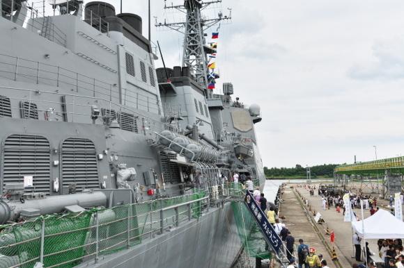 護衛艦「みょうこう」一般公開@新潟東港_d0137627_19510463.jpg