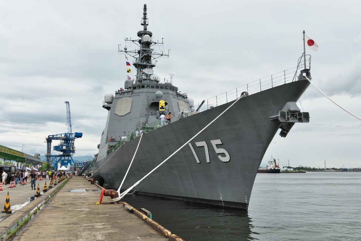 護衛艦「みょうこう」一般公開@新潟東港_d0137627_19543394.jpg